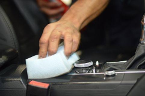Hidratação para couro automotivo
