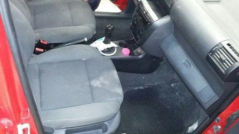 Limpeza de carros alagados