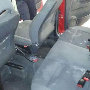 Limpa estofados automotivo